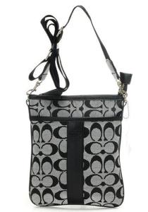 coach gray purse thil  Coach Crossbody