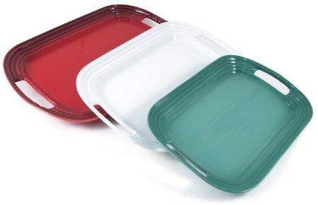 le-creuset-christmas-color-stoneware-serving-platter-set-of-3_3143012.jpg