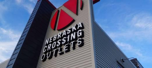 Nebraska-Crossing-Outlets